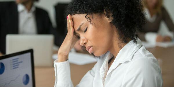 Descubra como tratar cefaleia tensional